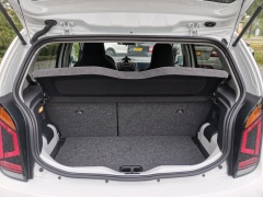 Volkswagen-e-Up!-26
