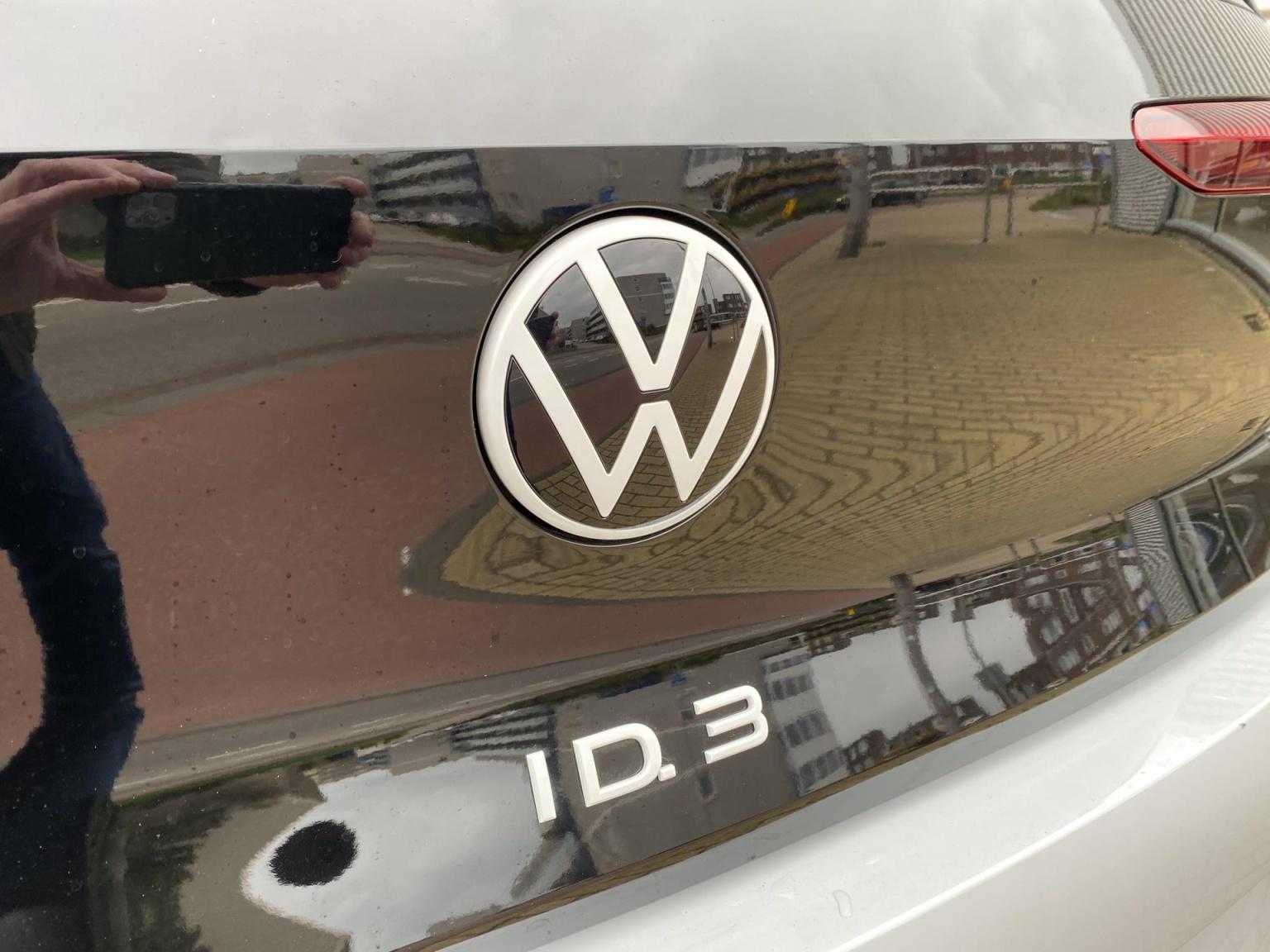 Volkswagen-ID.3-32