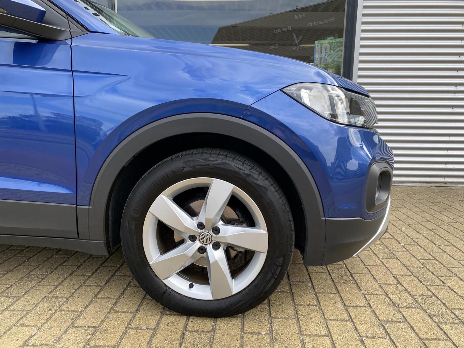 Volkswagen-T-Cross-28