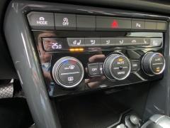 Volkswagen-T-Roc-17